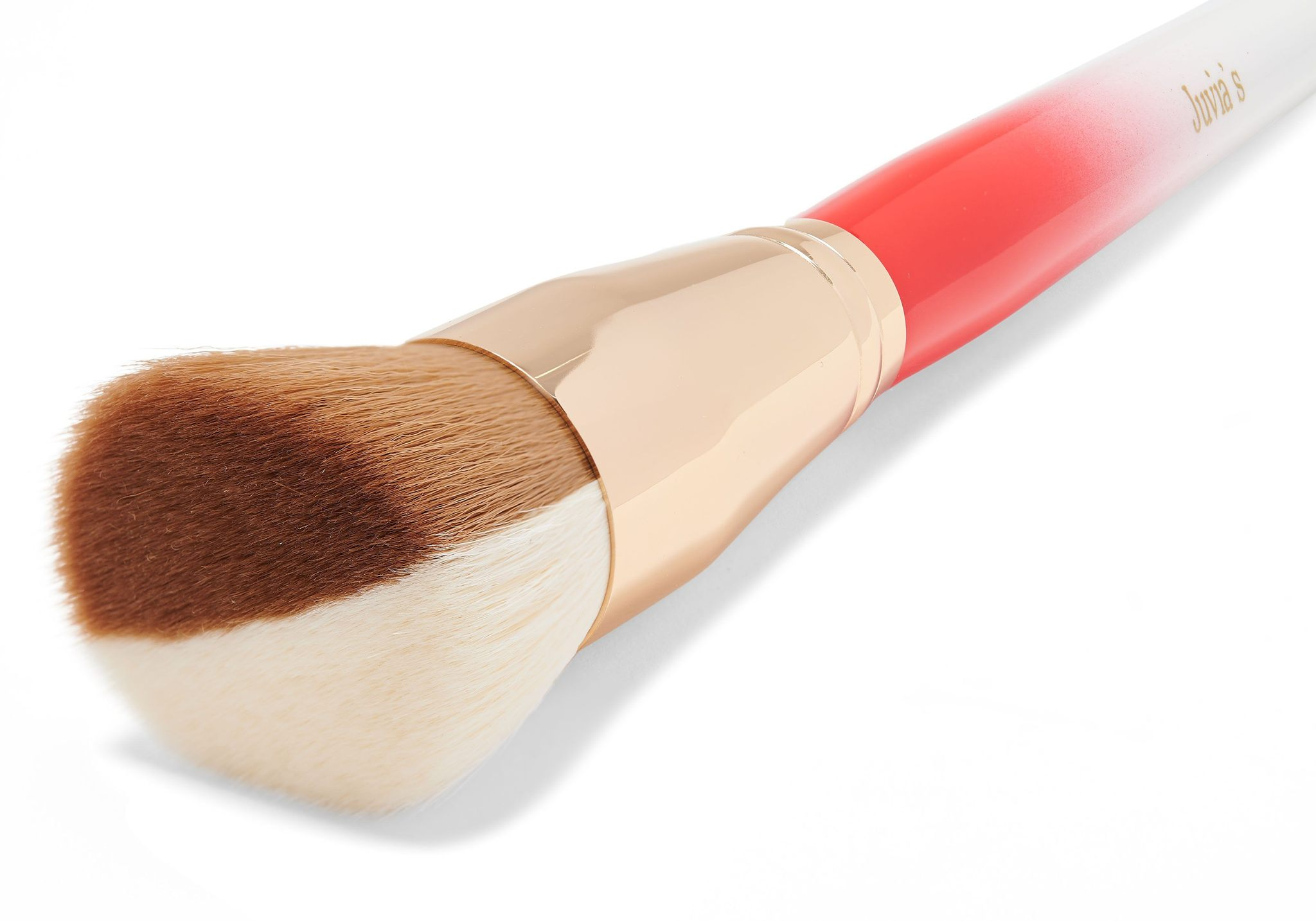 I Am Magic FLAT TOP Foundation Brush JUVIA'S PLACE - Pinceau spécial fond de teint